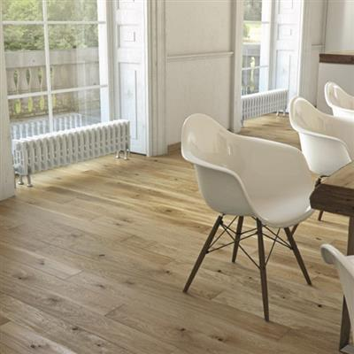 ENGINEERED OAK FLOORING BRUSHED & OILED. 18mmX15mm SOLD IN 1.98m2