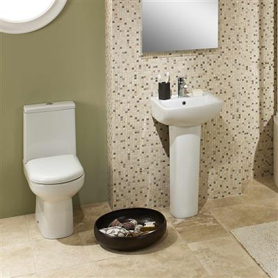 HIGHLIFE ELGIN/KENMORE 4 PIECE SET INCLUDING TOILET SEAT